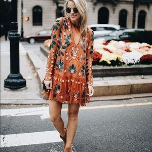 FREE PEOPLE STYLE MYSTERY BOX • 5 PIECES
